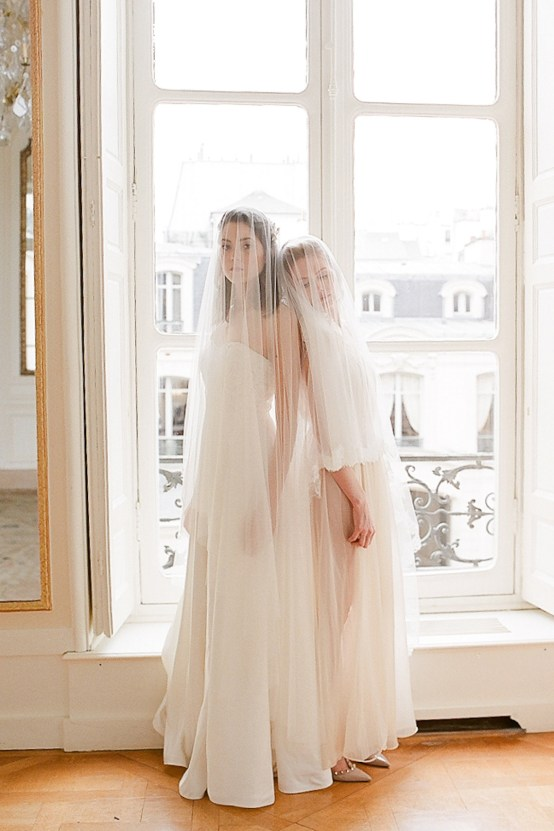 Elegant Blush Parisian Bridal Inspiration Featuring Luxurious Veils and Boudoir Ideas – Bonphotoge 33