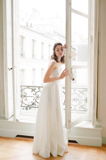 Elegant Blush Parisian Bridal Inspiration Featuring Luxurious Veils and Boudoir Ideas – Bonphotoge 37