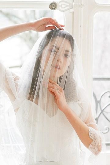 Elegant Blush Parisian Bridal Inspiration Featuring Luxurious Veils and Boudoir Ideas – Bonphotoge 5