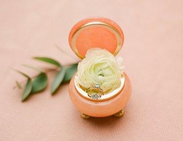 Elegant Blush Parisian Bridal Inspiration Featuring Luxurious Veils and Boudoir Ideas – Bonphotoge 61