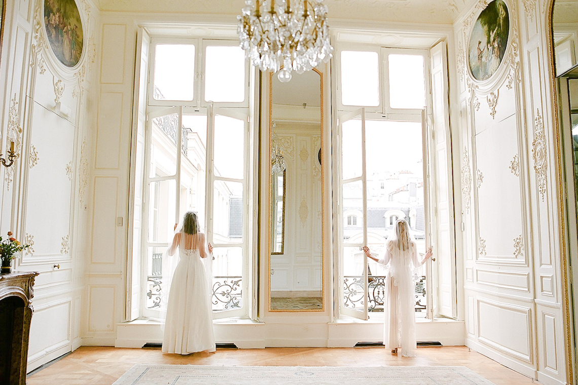 Elegant Blush Parisian Bridal Inspiration Featuring Luxurious Veils and Boudoir Ideas – Bonphotoge 69