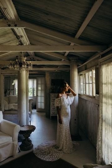 Glamorous and Tropical Hawaiian Wedding Inspiration – Melissa Ergo Photography 15