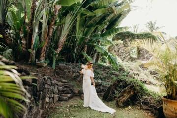 Glamorous and Tropical Hawaiian Wedding Inspiration – Melissa Ergo Photography 5