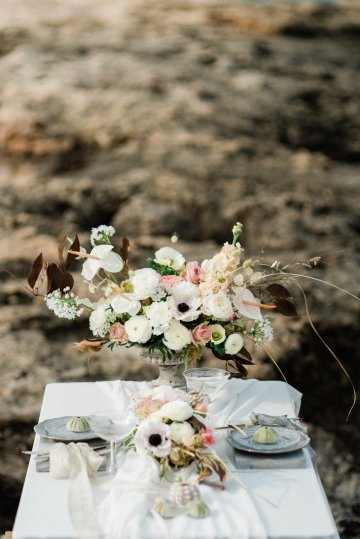Organic and Foraged Romantic Puglia Wedding Inspiration – Lace and Luce 23