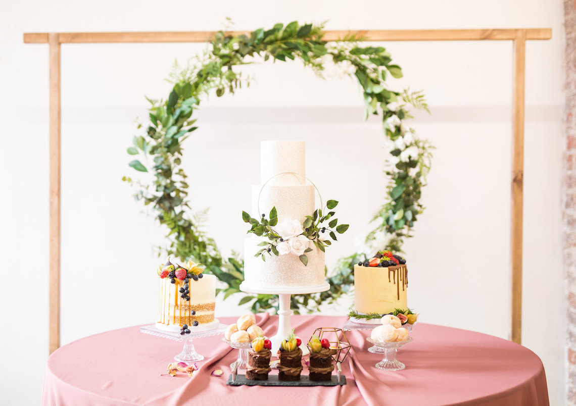 Trendy Loft Wedding Inspiration Featuring A Triangle Altar – Deluxe Blooms 10