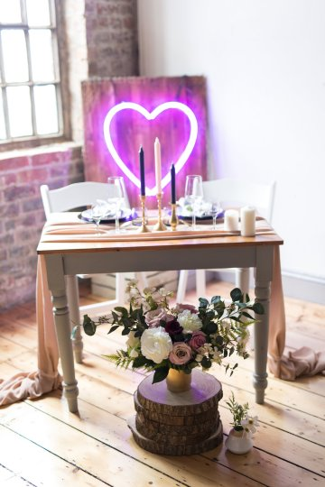 Trendy Loft Wedding Inspiration Featuring A Triangle Altar – Deluxe Blooms 42