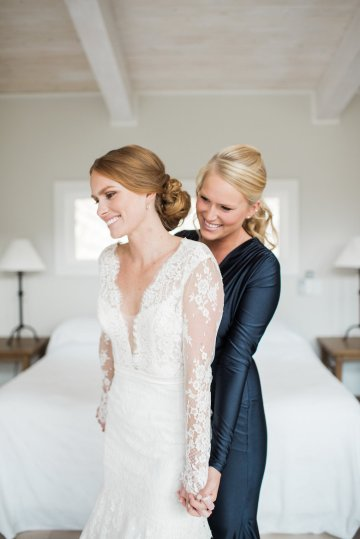 Warm Fall Catskills Wedding With Ceremony Sparklers – Christina Lilly Photography – Buds of Brooklyn 26