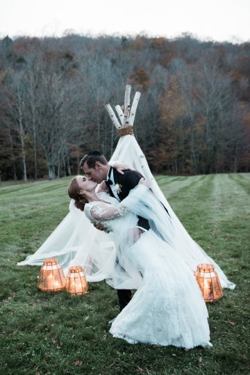 Warm Fall Catskills Wedding With Ceremony Sparklers – Christina Lilly Photography – Buds of Brooklyn 53