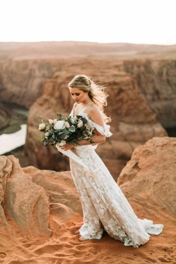 Wild and Bohemian Horseshoe Bend Wedidng Inspiration – Carmela Joy Photography – Luv Bridal 30