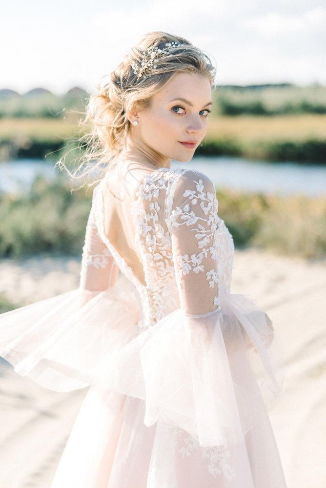 Romantic Wedding Dresses For The Bride Who Wants Subtle Color On