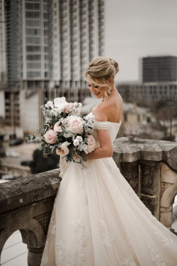 Champagne & Pink Chateau Wedding Inspiration In Texas – Wild Love Photography 13