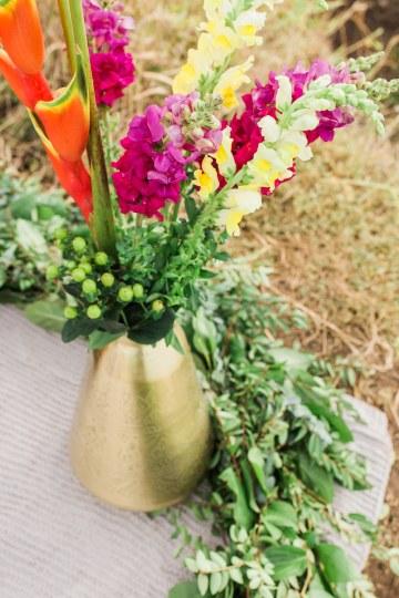 Colorful Hawaiian Boho Wedding Inspiration – Chelsea Stratso Photography 14