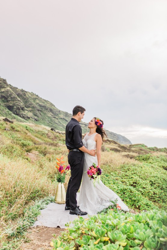 Colorful Hawaiian Boho Wedding Inspiration – Chelsea Stratso Photography 31