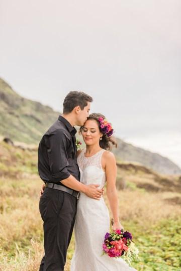 Colorful Hawaiian Boho Wedding Inspiration – Chelsea Stratso Photography 35