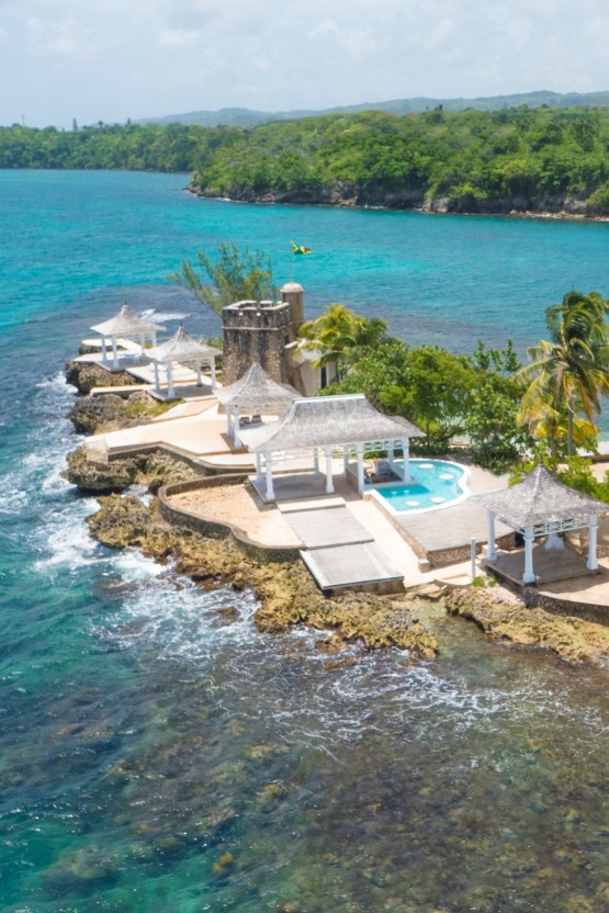 Four Jamaican Honeymoon Resorts We're Dying To Visit – Couples Tower Isle 5