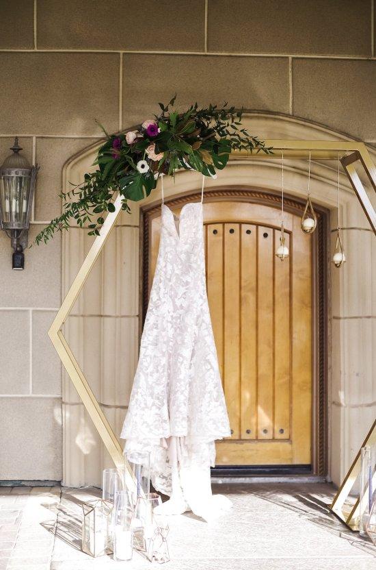 Metallic Copper Wedding Inspiration With A Creative Hexagon Altar – Allie Marion 36