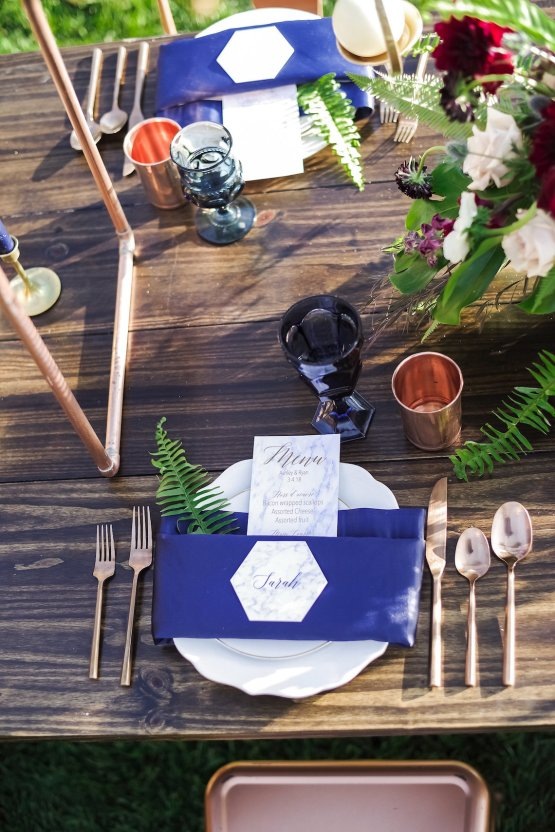 Metallic Copper Wedding Inspiration With A Creative Hexagon Altar – Allie Marion 38