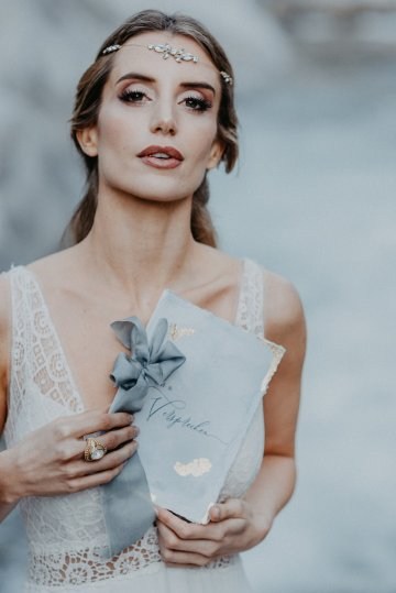Misty Blue River Goddess Bridal Inspiration – Jaypeg Photography 30