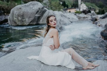 Misty Blue River Goddess Bridal Inspiration – Jaypeg Photography 4
