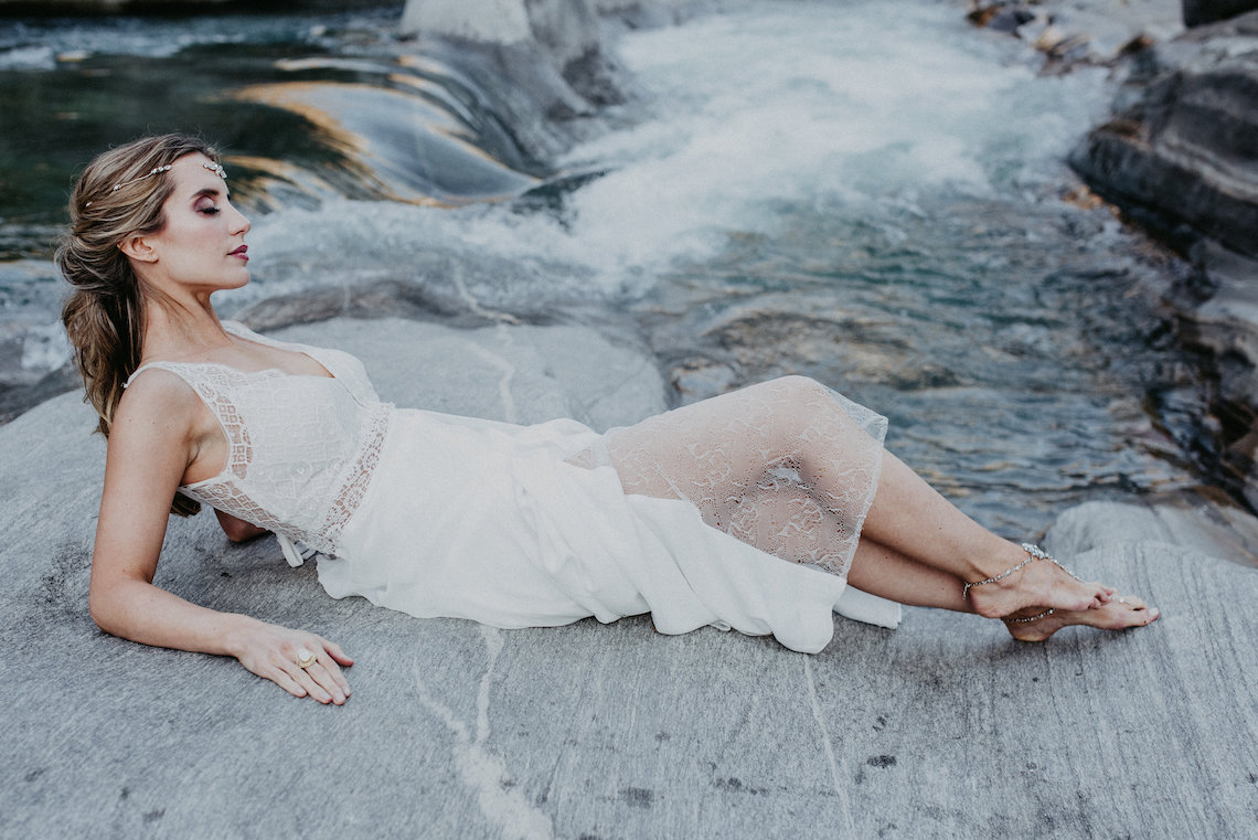 Misty Blue River Goddess Bridal Inspiration – Jaypeg Photography 5