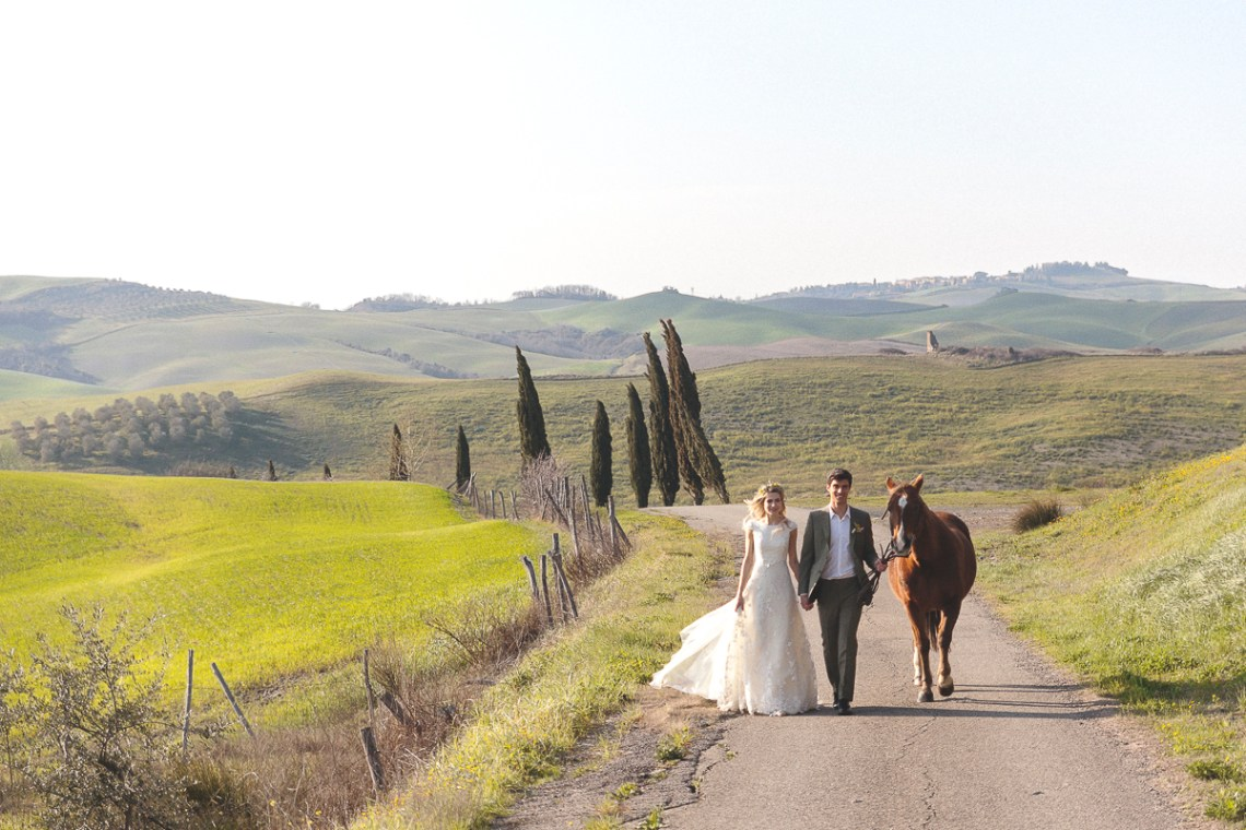 Rustic and Romatic Italian Wedding Inspiration From Tuscany – Tiziana Gallo 10