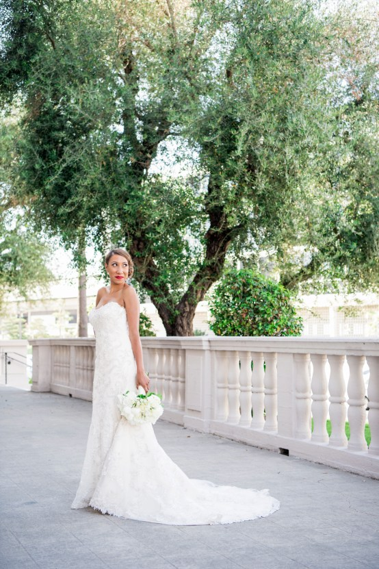 Sparkling and Ornate City Chic Wedding – Kim Fox Photography 10
