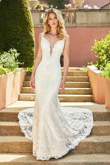10 Stunning Wedding Dresses By Destination – Val Stefani Cadenza Dress 1