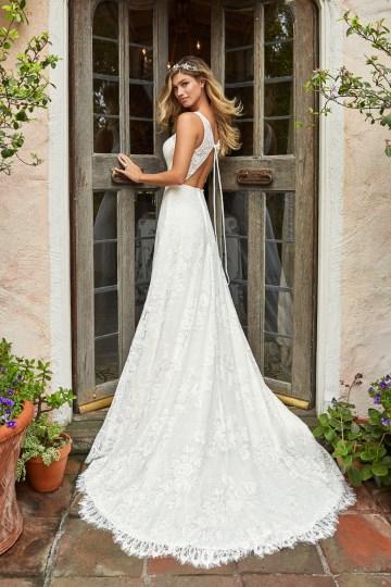 10 Stunning Wedding Dresses By Destination – Val Stefani Dove Dress 2