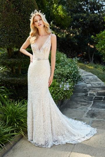 10 Stunning Wedding Dresses By Destination – Val Stefani Francesca Dress 1
