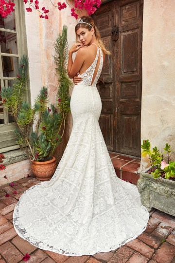 10 Stunning Wedding Dresses By Destination – Val Stefani Meadow Dress 2