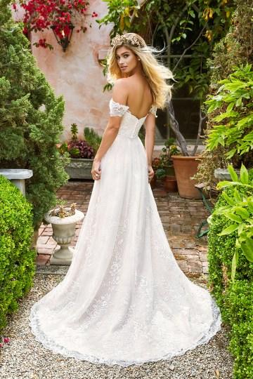 10 Stunning Wedding Dresses By Destination – Val Stefani River Dress 2