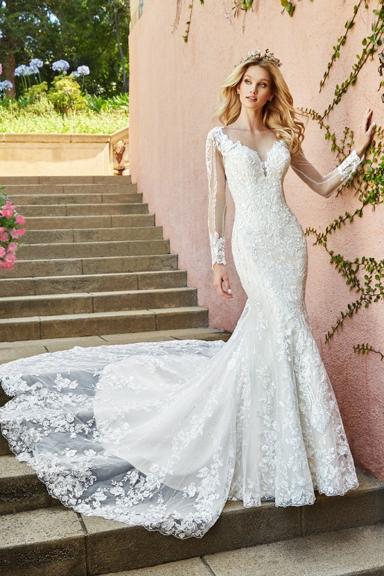 10 Stunning Wedding Dresses By Destination – Val Stefani Tamar Dress 1