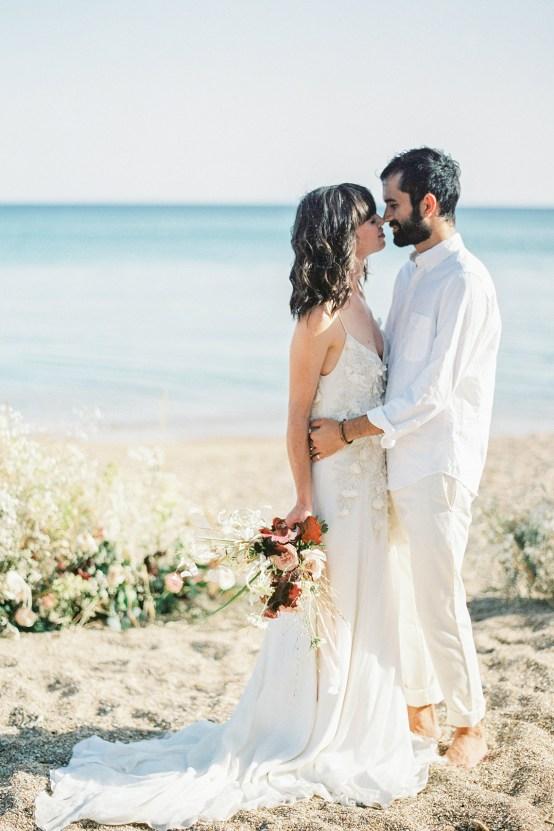 Dreamy Greek Beach Picnic Elopement In Neutral – Elisabeth Van Lent6