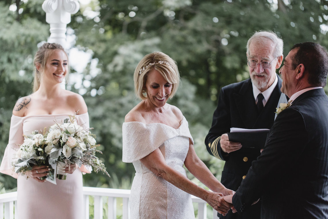 Intimate and Charming New England Bed and Breakfast Wedding – Juliana Montane Photography 9