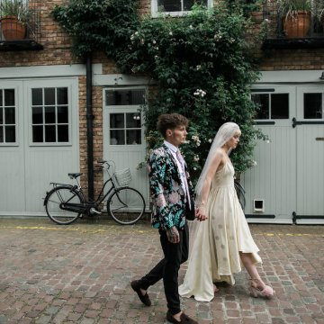 London Rock and Roll Elopement Inspiration – Storyett Photography 32