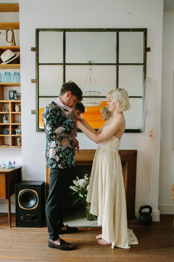 London Rock and Roll Elopement Inspiration – Storyett Photography 8