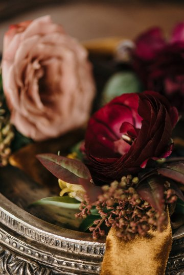 Luxe Mansion Wedding Inspiration Featuring Masculine Florals and Deep Tones – Alex Tenser – Swoon Soiree 23