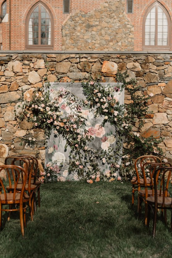 Luxe Mansion Wedding Inspiration Featuring Masculine Florals and Deep Tones – Alex Tenser – Swoon Soiree 48