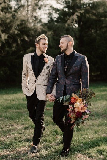 Luxe Mansion Wedding Inspiration Featuring Masculine Florals and Deep Tones – Alex Tenser – Swoon Soiree 49