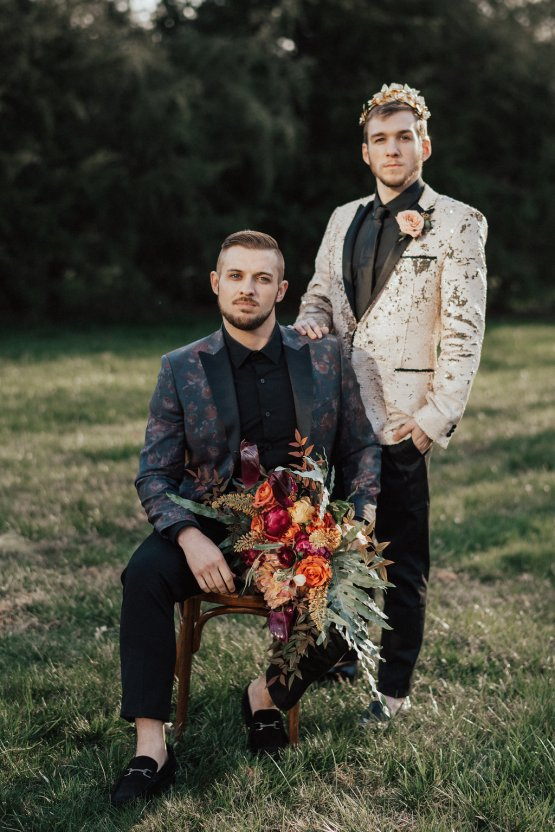 Luxe Mansion Wedding Inspiration Featuring Masculine Florals and Deep Tones – Alex Tenser – Swoon Soiree 51