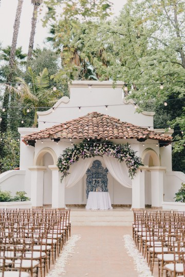 Rustic and Luxurious Southern California Wedding With Stunning Florals – Full Spectrum Photography 16
