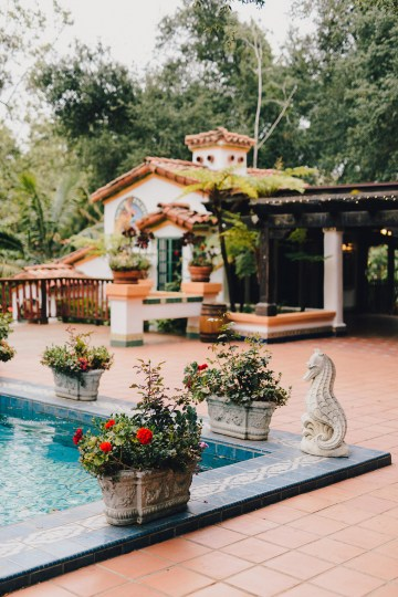 Rustic and Luxurious Southern California Wedding With Stunning Florals – Full Spectrum Photography 6