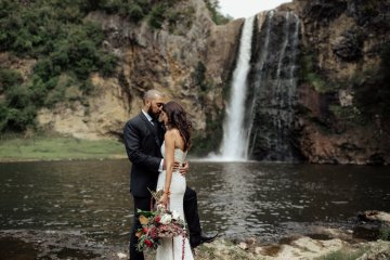 Multicultural Indian Sikh Kiwi Waterfall Wedding – Karen Willis Holmes – Hollow and Co 43
