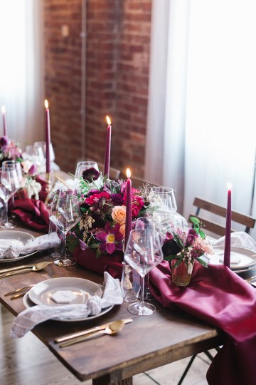 Whimsical Crimson and Green Holiday Wedding Inspiration – Stacy Able Photography 22