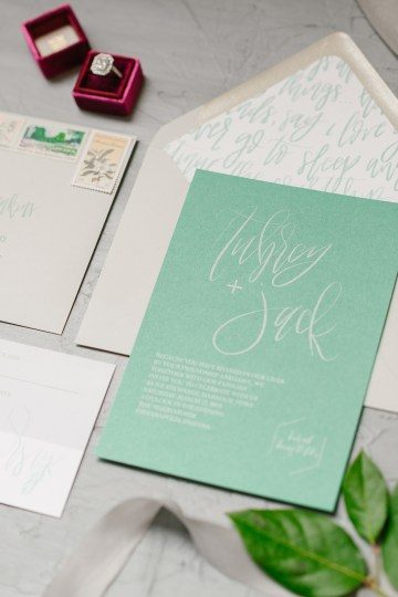 Whimsical Crimson and Green Holiday Wedding Inspiration – Stacy Able Photography 7