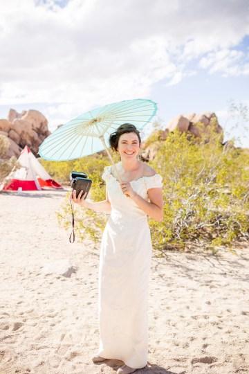 Amazing Vintage Joshua Tree Camping Wedding – Someplace Images 34