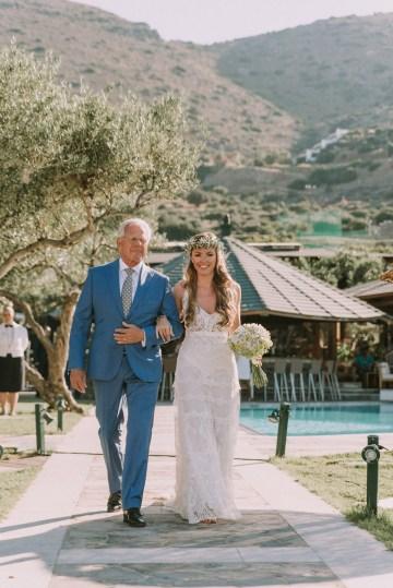 Boho Greek Island Wedding Featuring A Circle Floral Arch – Paulina Weddings 10