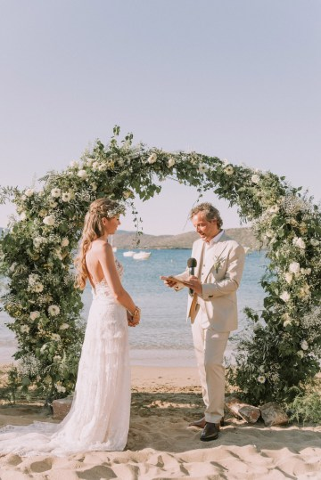 Boho Greek Island Wedding Featuring A Circle Floral Arch – Paulina Weddings 11