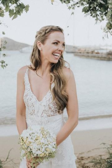 Boho Greek Island Wedding Featuring A Circle Floral Arch – Paulina Weddings 20