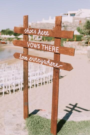 Boho Greek Island Wedding Featuring A Circle Floral Arch – Paulina Weddings 6